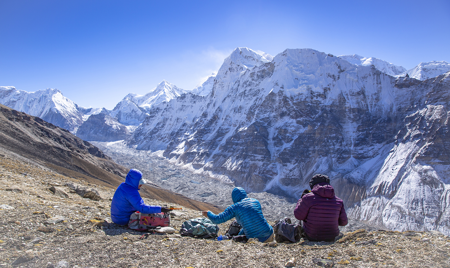 A quick snack above the Kanchenjunga Glacier in Nepal.